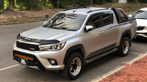 Best Pickup Truck - Malaysia road condition